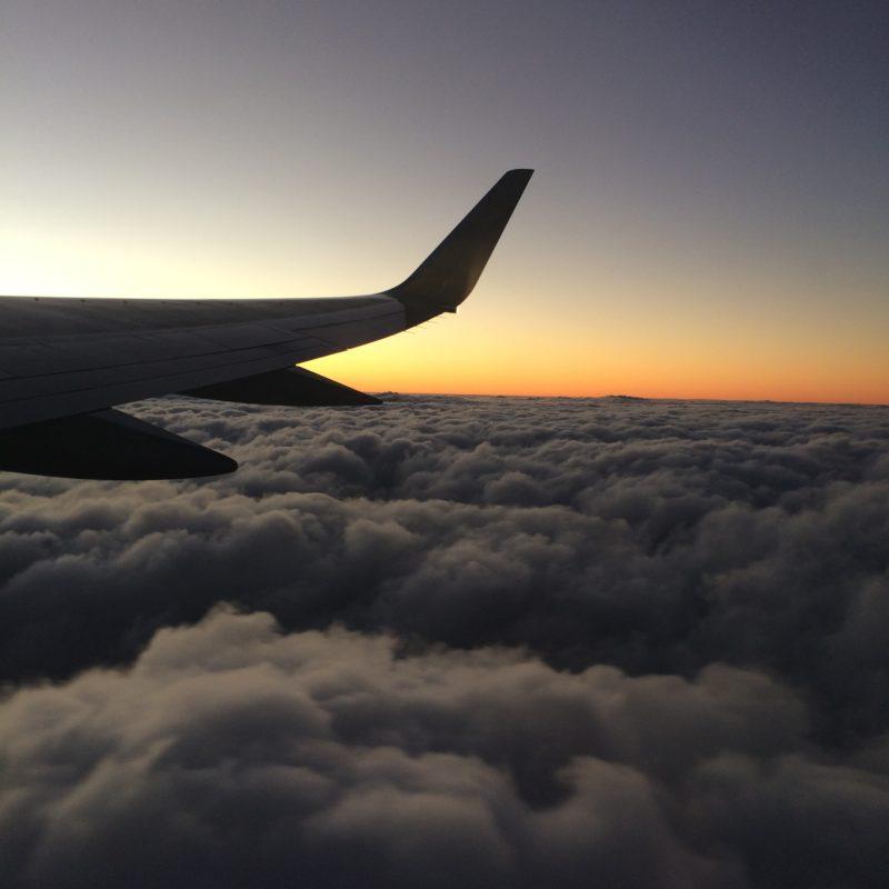 Geneviève en Asie – le voyage en avion!